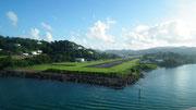 Ein schöner Blick auf Castries auf der Insel St. Lucia . . .