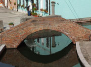 Wie in Venedig gehts über unzählige Brücken . . .