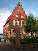 Das Rote Haus heute auch eine kleine Gaststätte und Wohnhaus