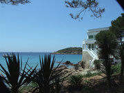 . . . mit der kleinen vorgelagerten Insel