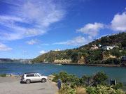 Auch auf dem gegenüberliegenden Ufer schöne Wohnhäuser und Villen