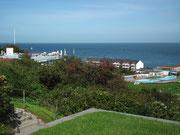Blick vom Mittelland auf das Unterland der Insel Helgoland