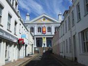 Hübsche prunkvolle Methodisten-Kirche im Tempelstyle