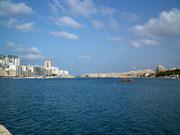 Fährschiffe legen in wenigen Minuten die Strecke nach Valletta zurück