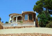 Zu verkaufen: Mehrere Millionen Euro für ein kleines Appartement . . .