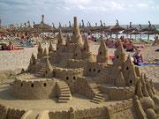Auch das ist «Ballermann»: Grossartige Sandburgen von wahren Künstlern erbaut