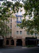 Im netten Mittelklasse-Hotel «DeVere» verbringen wir die Tage in Sydney