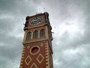 Der Glockenturm hat keine Wettervorhersage-Anzeige . . .