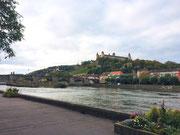 Bevor wir ablegen noch einen Blick zur Festung Marienberg