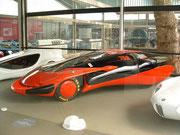 . . . der Weltrekordwagen mit Ford 7.2 Liter Aggregat und perfekter Aerodynamik