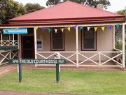 Das 120-jährige Gerichts-/Behörden-Gebäude dient heute dem Tourismus