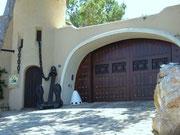. . . oder die grosszügige Garage für den exklusiven Fuhrpark