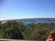 Ein ferner Blick auf die Bucht «Manly Cove»