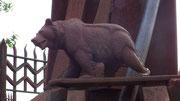 Der Berner Bär steht für die körperliche Kraft und den harten (und sturen) «Berner Gring» des Künstlers