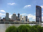 Skyline auf der anderen Uferseite