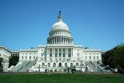 Das Capitol und die grosse Gartenanlage