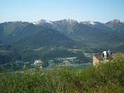 Schön angelegte Ausblick-Terrassen laden zur Aussicht ein