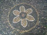 Überall in der Fussgängerzone gibt es solche Mosaik-Steinarbeiten