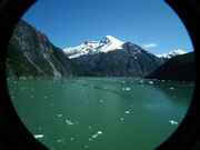 . . . zeugen von versteckten Gletschern, die wir aber in den vielen . . .