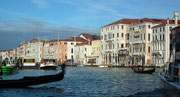 Weiterfahrt auf dem Canale Grande . . .