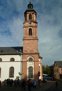 Seitenansicht der Stadtpfarrkirche St. Jakobus