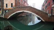 . . . über die zurzeit «spiegelglatten» Wasserstrassen.