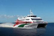 Der Katamaran bringt uns in 5-Viertelstunden von Cuxhaven nach Helgoland