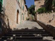 Die langen Treppen . . .