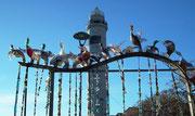 Vor dem Leuchtturm Santo Stefano haben die Glaskünstler . . .