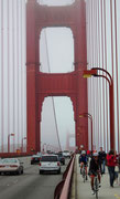 San Francisco Golden Gate Bridge: Im Sommer sehr oft im Nebel