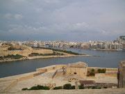 Ein schöner Blick über das Fort hinüber nach Sliema