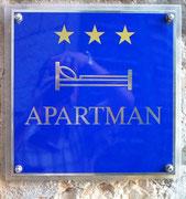 Gibts da aparte Männer in 3***-Qualität oder logieren hier nur Männer ?