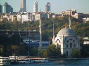 und den unverwechselbaren Moscheen und Minarett-Türmen