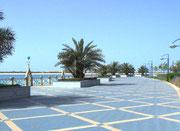 . . . aber auch wunderschöne Uferpromenaden sind zu finden . . .