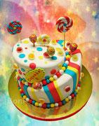 """Кривой тортик с чупиками))"""". Вес торта 8,5 кг. Два яруса-два вкуса."""