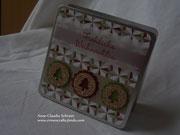 Kleine Geschenkbox zu Weihnachten in Chili und Olivgrün