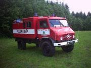 1994 übergab die Stadt Auerbach ein Tanklöschfahrzeug TLF 8/8,  vom Typ Unimog, an die Vogelsgrüner Wehr                                                                      Foto: B.Seidel