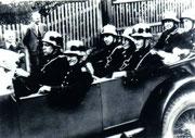 erstes Zugfahrzeug Typ offener Mercedes                      Foto: Fam.Weidlich