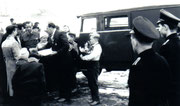 Übergabe eines LKW Opel Blitz                                                                      Foto: Fam.Weidlich