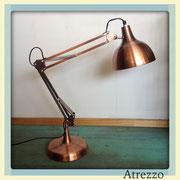 Lámparas Flexo color cobre / REF: LAMP- 015 // 2 unidades / Arriendo: $ 10.000 c/u / Garantia: $ 35.000 c/u