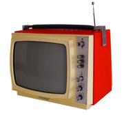 """TV RETRO TELEFUNKEN BICOLOR 12"""" (REF: TV-004) / ARRIENDO: $15.000 / GARANTIA: $50.000  *NO FUNCIONA"""