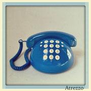 TELEFONO SOBREMESA AZUL REDONDO / REF: TLF- 026 / 1 Unidad / Arriendo: $ 8.000  / Garantía: $ 40.000