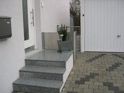 Treppe mit Natursteinplatten Fabrikat Gala
