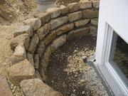 Lichthof erstellt mit Sandbruchsteinen