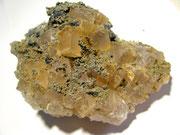 Fluorite con pirrotina (Sardegna)