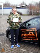 Benjamin Koesling hat seinen B-Führerschein seit dem 12.02.16!