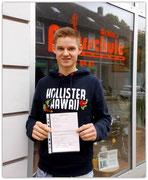 Alex Scheller hat seinen B-Führerschein seit dem 19.06.14!