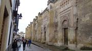 Murs de la cathédrale...