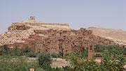 La kasbah d'Aït Benhaddou (le Mt St Michel marocain) ...