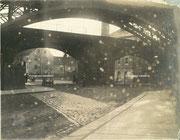 Das neue Eisenbahnviadukt, dahinter das alte Eisenbahnviadukt an der Beckerstraße
